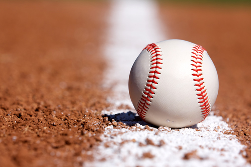 How Chiropractic Treatment Relieves Baseball Injuries