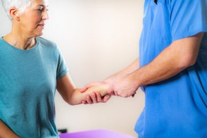 physical therapist in Middle River -- Comprehensive Spine and Sports Center