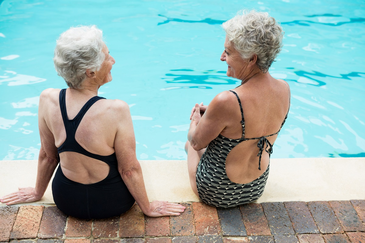 Seniors Benefit from Aquatic Therapy | Comprehensive Spine & Sports Center