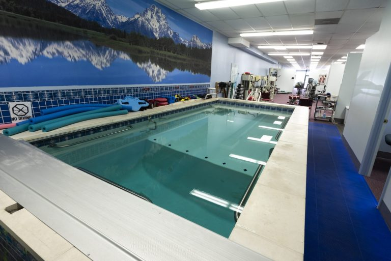 Aquatic Therapy | Comprehensive Spine & Sports Center