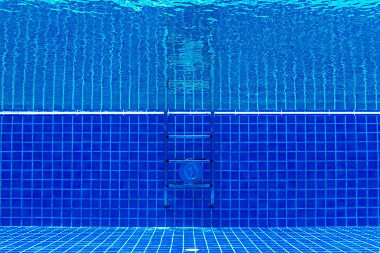 Aquatic Therapy FAQs | Comprehensive Spine & Sports Center